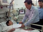 Tin tức - Mùng 2 Tết, BT Thăng thăm nạn nhân cấp cứu ở BV Việt Đức