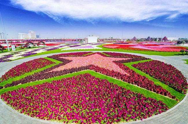 Vườn hoa diệu kỳ Dubai là vườn hoa tự nhiên lớn nhất thế giới.