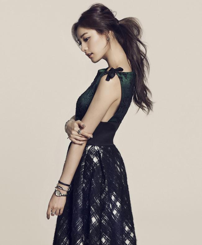 Nana (nhóm After School) được bình chọn là người đẹp nhất thế giới năm 2014 vượt qua hàng ngàn đối thủ nặng ký đến từ khắp các nước trên thế giới.