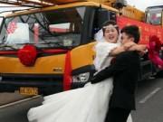 Tình yêu giới tính sony - Chú rể rước dâu bằng đoàn xe cẩu trị giá hơn 12 tỷ