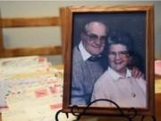 Chuyện tình yêu - Cặp vợ chồng kết hôn 67 năm, qua đời cách nhau 5h
