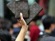 """Hàng hiệu - """"Louis Vuitton quá tầm thường với giới thượng lưu Trung Quốc"""""""