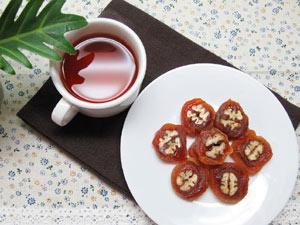 Tự làm món ăn vặt từ hồng khô kiểu Hàn