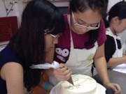 Bếp nhà tôi  - Chuyện 2 cô bé nữ sinh đam mê làm bánh