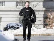 Tin hot - Nhà Trắng bị phong tỏa vì tiếng nổ lớn