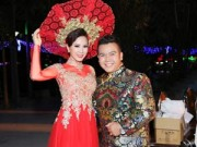 Làng sao - Hoa hậu Thu Hoài xinh đẹp, lộng lẫy với áo dài