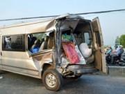 Tin tức - Tài xế đứt lìa chân, phụ xe chết tại chỗ trên Quốc lộ 22