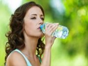 Sức khỏe - Những nguyên nhân khiến vòng 1 bị chảy xệ
