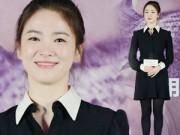 Hậu trường - Song Hye Kyo đẹp không tuổi với da căng mọng
