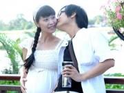 Hậu trường - Lê Kiều Như bế bụng bầu 7 tháng đi dạo cùng chồng