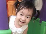 Hậu trường - Ngắm nụ cười thiên thần của con gái Lý Hải