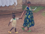 Mang thai 1-3 tháng - Xót xa cuộc sống của những mẹ bầu 15 tuổi
