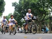 Tin tức - Người dân Thủ đô đạp xe hưởng ứng Giờ Trái Đất