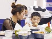 Làm mẹ - 6 lỗi phổ biến của mẹ khi cho con ăn sáng