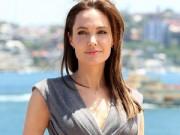 Hậu trường - Angelina đã phẫu thuật cắt buồng trứng, ống dẫn trứng