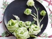 Thực đơn – Công thức - Tỉa hoa từ dưa chuột trang trí đĩa ăn
