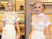 Người nổi tiếng - Tóc Tiên nhuộm tóc bạch kim, mặc xuyên thấu đi event