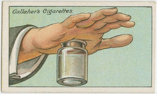 Làm thế nào để bỏ gai hay dằm đâm vào tay?  Đổ đầy nước nóng vào bình thủy tinh và đưa phầntay đauđến bịtmiệng bình. Khi nước bắt đầu hạ nhiệt, nó sẽ hút chặt làn da của bạn và sau một thời gian, dằm sẽ từ từ bị hút ra.