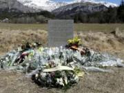 Tin quốc tế - Vụ máy bay rơi ở Pháp: 3 thế hệ qua đời