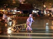 Tin tức - Những mảnh đời mưu sinh giữa đêm đông mưa rét 7 độ C