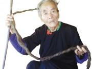 Tin tức - Kì nhân người Mông hơn 70 không cắt tóc vì sợ ốm