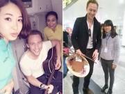 """Làng sao - """"Loki"""" Tom Hiddleston chơi guitar trên đường đến VN"""
