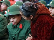 Tin tức - Cảm động hình ảnh chia tay tân binh lên đường nhập ngũ