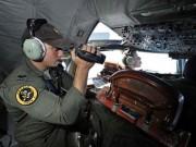 """Giây phút hoảng loạn của nhân viên không lưu khi  """" mất """"  MH370"""