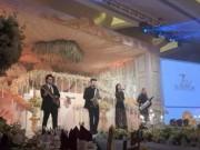 Tin tức - Những đám cưới 'khủng' tặng khách mời ipad, iPhone dát vàng