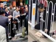 Video: Bà bầu mang thai đôi chết tức tưởi vì mắc kẹt hàng rào