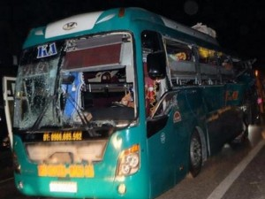 Nổ xe khách ở Bắc Ninh 2 người tử vong, nhiều người bị thương