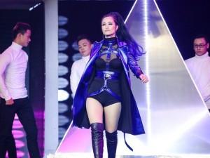 """The Remix 2017: Thầy trò Đông Nhi sexy tột đỉnh vẫn """"bại trận"""" trước đội Yanbi"""