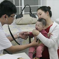 Lưu ý khi đưa trẻ đi khám bệnh