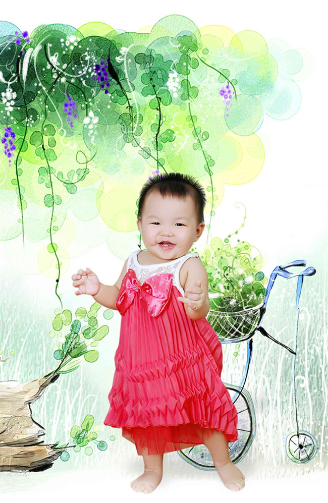 Bé Phạm Phương Ly là một cô công chúa nhỏ xinh xắn lắm cơ...