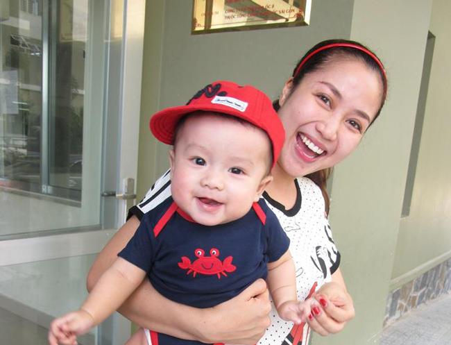 'Cậu cả' nhà Vân Ốc, bé Coca tên thật là Nguyễn Xuân Lâm. Bé sinh giữa tháng 6 năm 2011.
