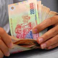 Chi 1 tỷ USD để tăng lương tối thiểu