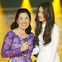 Mẹ Minh Thư lần đầu song ca cùng con gái