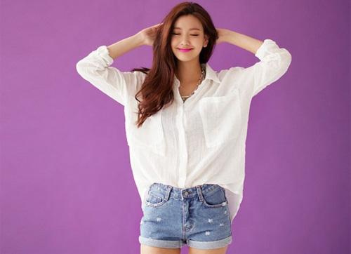 Ao so mi trang : Chọn đồ lót mix kèm với áo sơ mi trắng