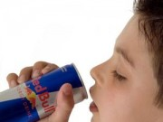 Sức khỏe - Uống nước tăng lực có nguy cơ đau tim, đột tử