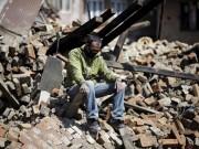 """Học ứng phó động đất bỏ về: """"Muốn ở lại mà không được"""" (!?)"""