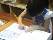Cho con học chữ trước khi vào lớp 1 là hại con?