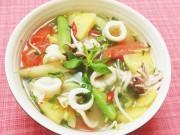 Bếp Eva - Canh chua mực thanh mát cho ngày hè oi bức