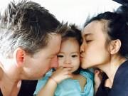 Làng sao - Đoan Trang ngập tràn hạnh phúc khi gặp lại con gái