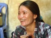 Tin tức - Chị ve chai cười tươi trước giờ nhận lại 5 triệu Yên