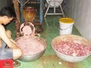 Mua sắm - Giá cả - Kinh hoàng bò viên vàng ươm làm từ thịt heo thối