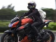 Tinna Tình mua thêm xe mô-tô mặc kệ tin đồn giới tính