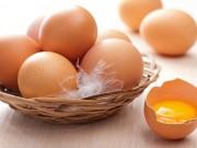 Bếp Eva - Trứng gà màu nâu hay màu trắng thì bổ hơn?