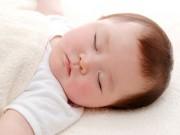 Làm mẹ - 10 mẹo nhỏ dỗ bé ngủ ngon trong tích tắc