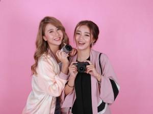 Hot girl Salim tinh nghịch chụp ảnh cùng Quỳnh Anh Shyn