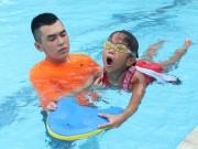 Video: Các bài tập phòng chống đuối nước ở trẻ nhỏ